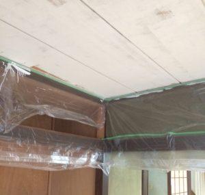 天井のペンキ
